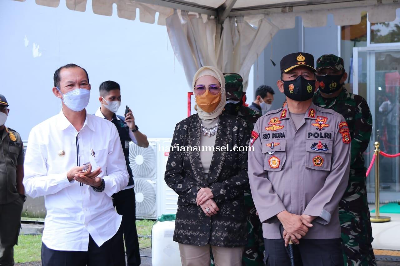 Wali Kota Palembang Dan Mendagri Motivasi Warga Ikuti Vaksinasi